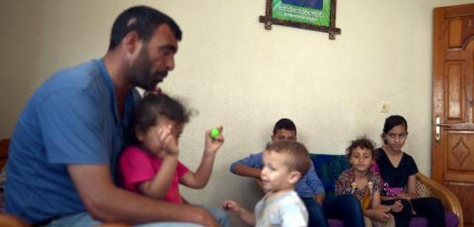 Djevojčica iz Gaze brine o petero braće i sestara