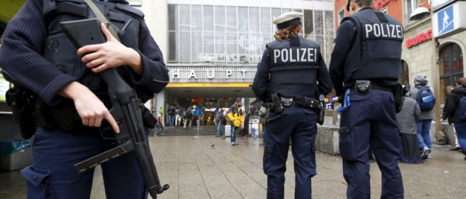 Zašto je svako nasilje terorizam, a krivci unaprijed poznati?